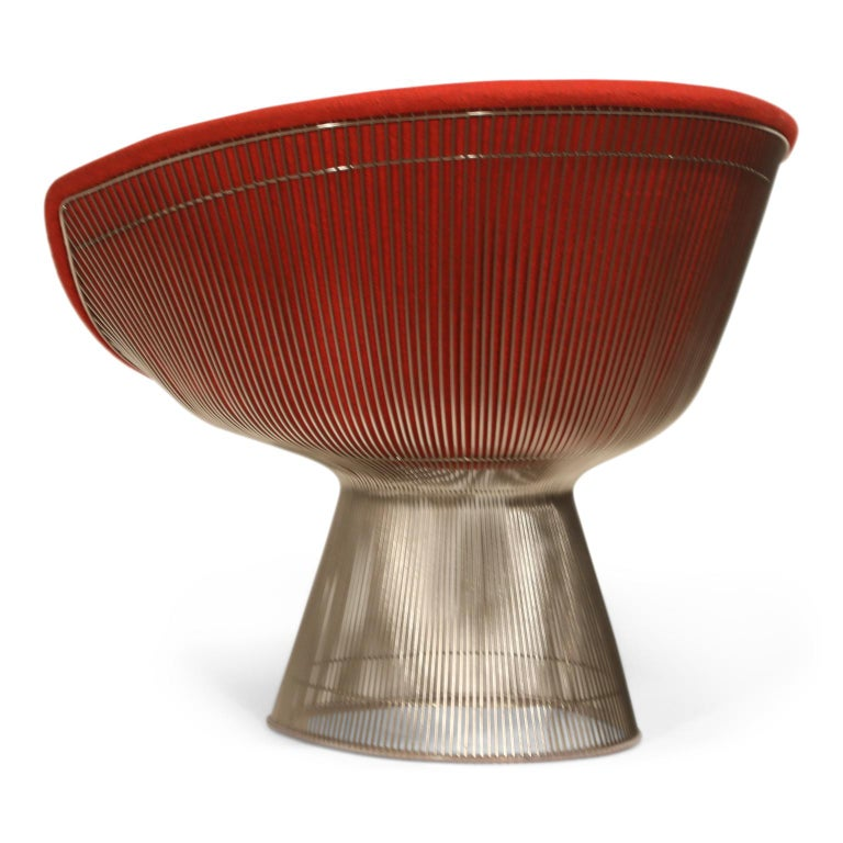 Warren Platner for Knoll Lounge Chairs in Red Wool Boucle For Sale 1