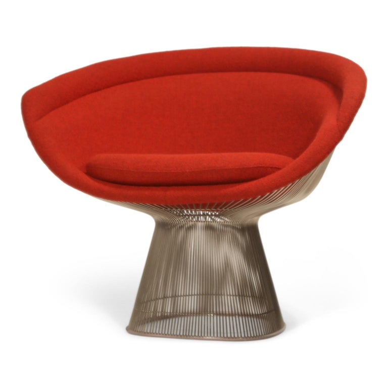 Warren Platner for Knoll Lounge Chairs in Red Wool Boucle, Near Mint Set of Four For Sale 3