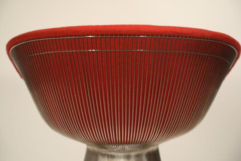 Warren Platner for Knoll Lounge Chairs in Red Wool Boucle, Near Mint Set of Four For Sale 13