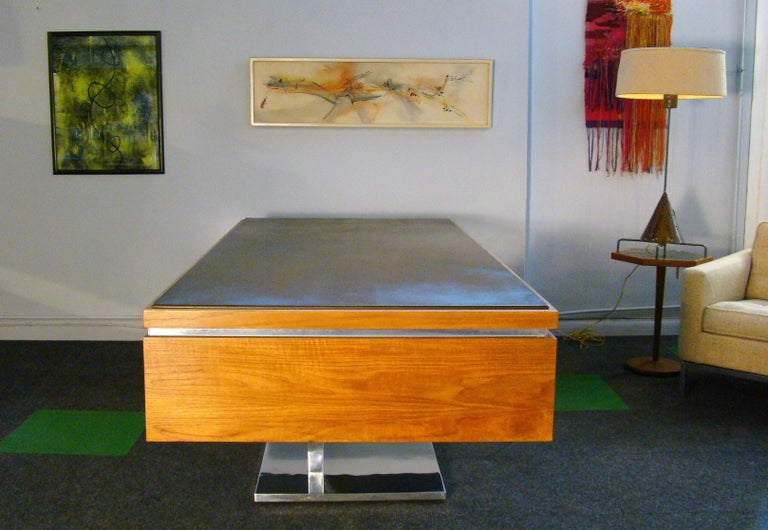 Stainless Steel Warren Platner Modernist Executive Desk in Leather, Teak and Steel, 1970s, USA For Sale