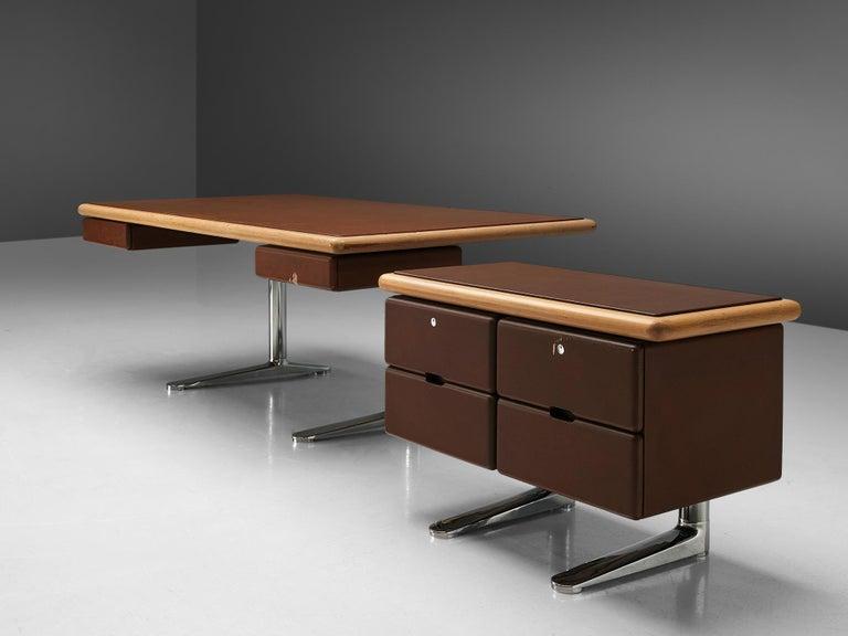Warren Platner Sideboard in Original Brown Leather For Sale 2