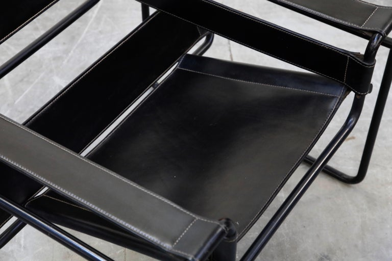 Steel 'Wassily' Marcel Breuer for Knoll, Rare Black on Black Leather Lounge Chair For Sale