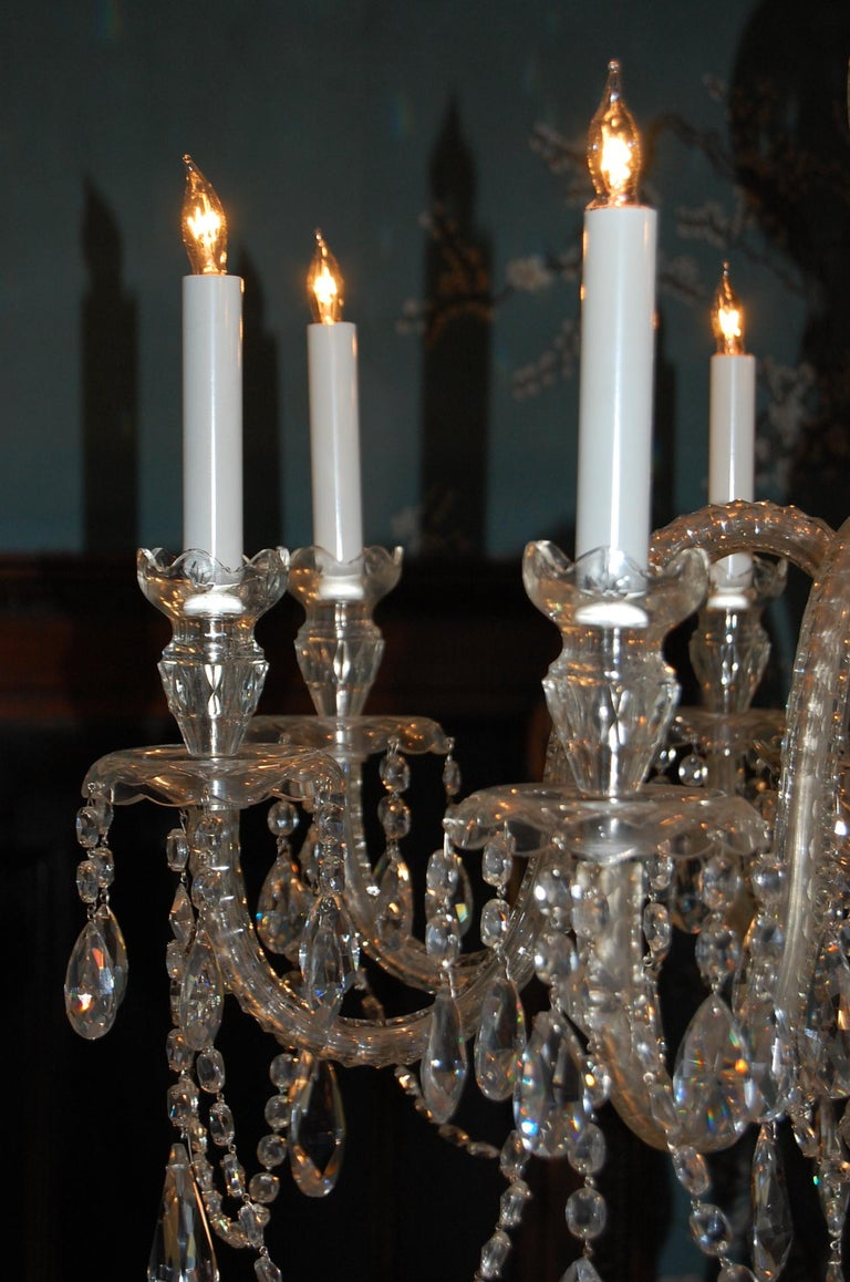 20th Century Waterford Style Georgian Cut Crystal Eight-Light Chandelier, circa 1910 For Sale
