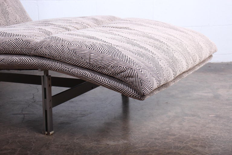 Wave Chaise by Giovanni Offredi for Saporiti Italia 6