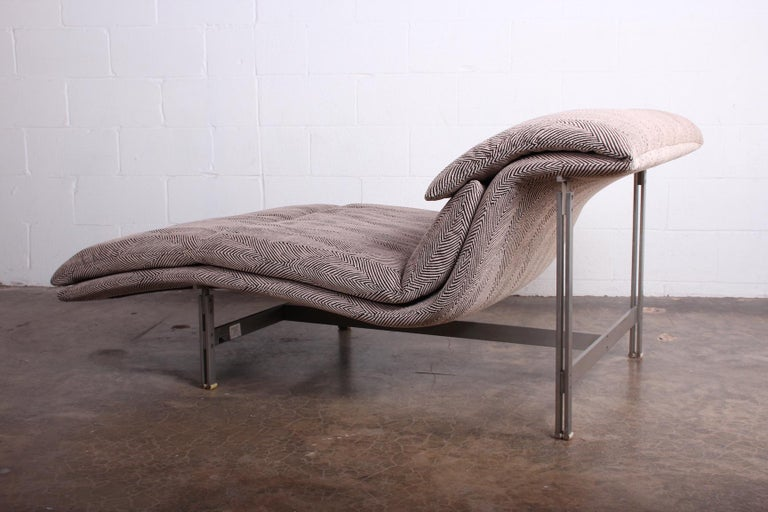 Fabric Wave Chaise by Giovanni Offredi for Saporiti Italia