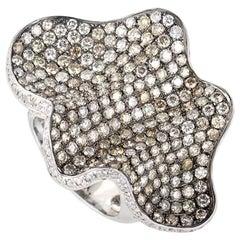Wavy 18 Karat White Gold Multi Diamond Ring