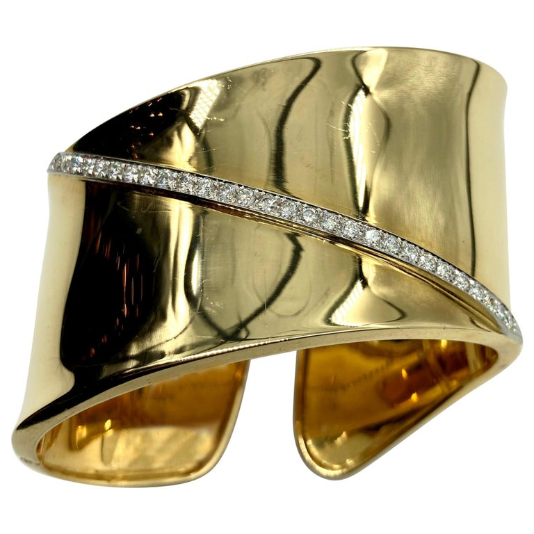 Wavy Yellow Gold Cuff Bracelet with Diamonds For Sale