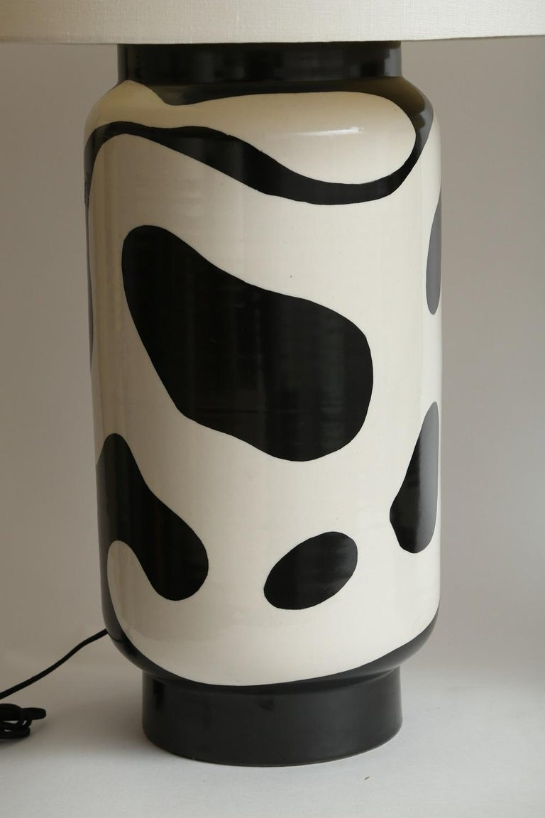 Modern Waylande Gregory Black and White Lava Large Chuby Lamp For Sale