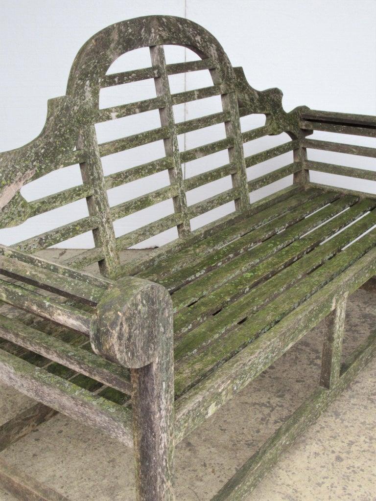 Weathered Teak Lutyens Style Garden Bench Encrusted with Algae Lichen For Sale 11