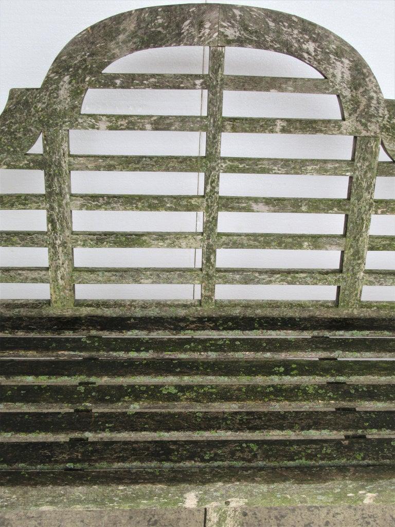 Weathered Teak Lutyens Style Garden Bench Encrusted with Algae Lichen For Sale 2