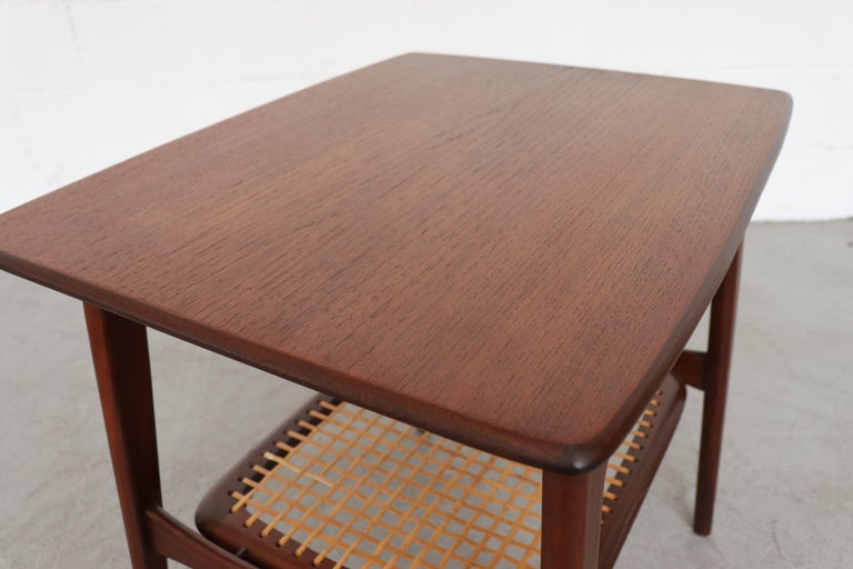 Mid-20th Century WéBé 'Ella' Teak Side or Coffee Table with Rattan Magazine Shelf For Sale