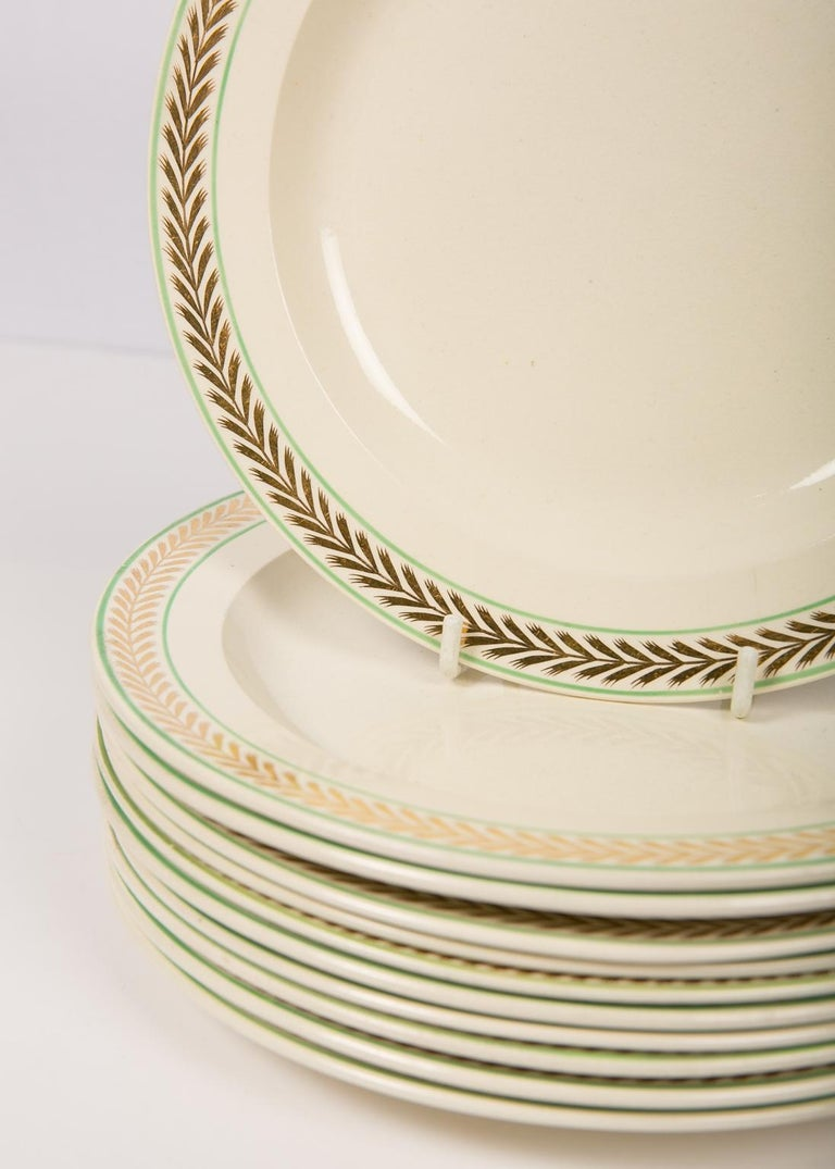 Neoclassical 12 Wedgwood Creamware Dessert Dishes with Gilded Borders England circa 1820 For Sale