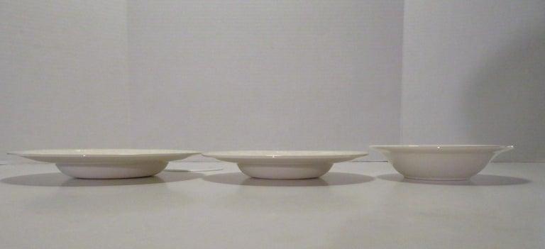20th Century Wedgwood Fine Bone China Dinnerware Patrician Pattern England 165pcs For Sale