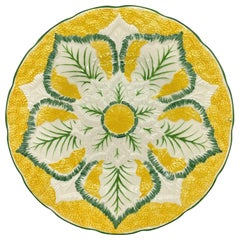 Wedgwood Majolica Cauliflower Pattern Plate on Yellow Ground, English, 1923