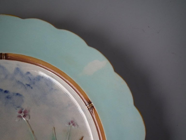 Wedgwood Majolica Heron Plate In Good Condition For Sale In Chelmsford, Essex