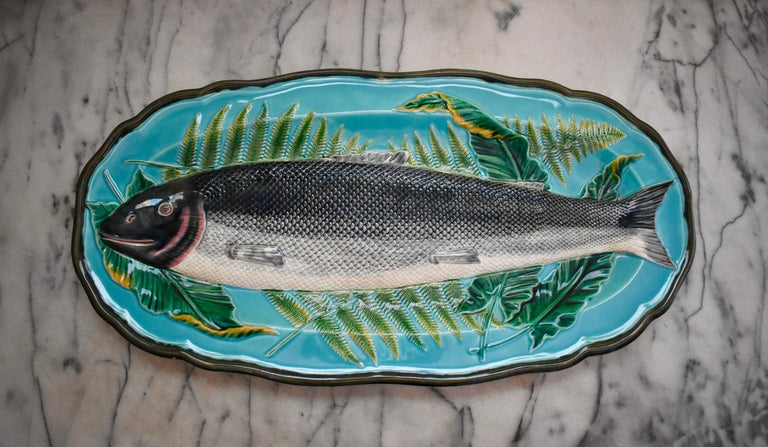 Wedgwood Majolica Monumental Aesthetic Movement Whole Salmon Platter, Dated 1877 For Sale 3