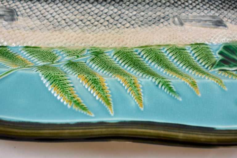Wedgwood Majolica Monumental Aesthetic Movement Whole Salmon Platter, Dated 1877 In Good Condition For Sale In Philadelphia, PA
