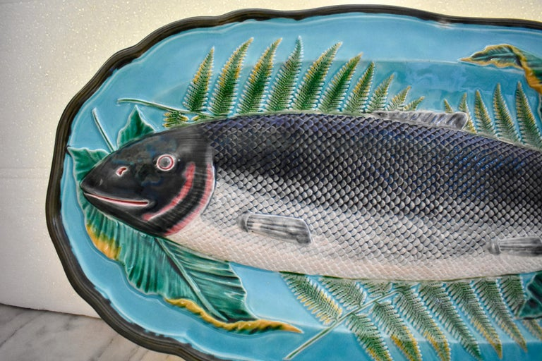 Earthenware Wedgwood Majolica Monumental Aesthetic Movement Whole Salmon Platter, Dated 1877 For Sale