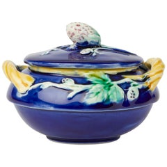 Wedgwood Majolica Pottery Strawberry Lidded Sugar Pot, 1883