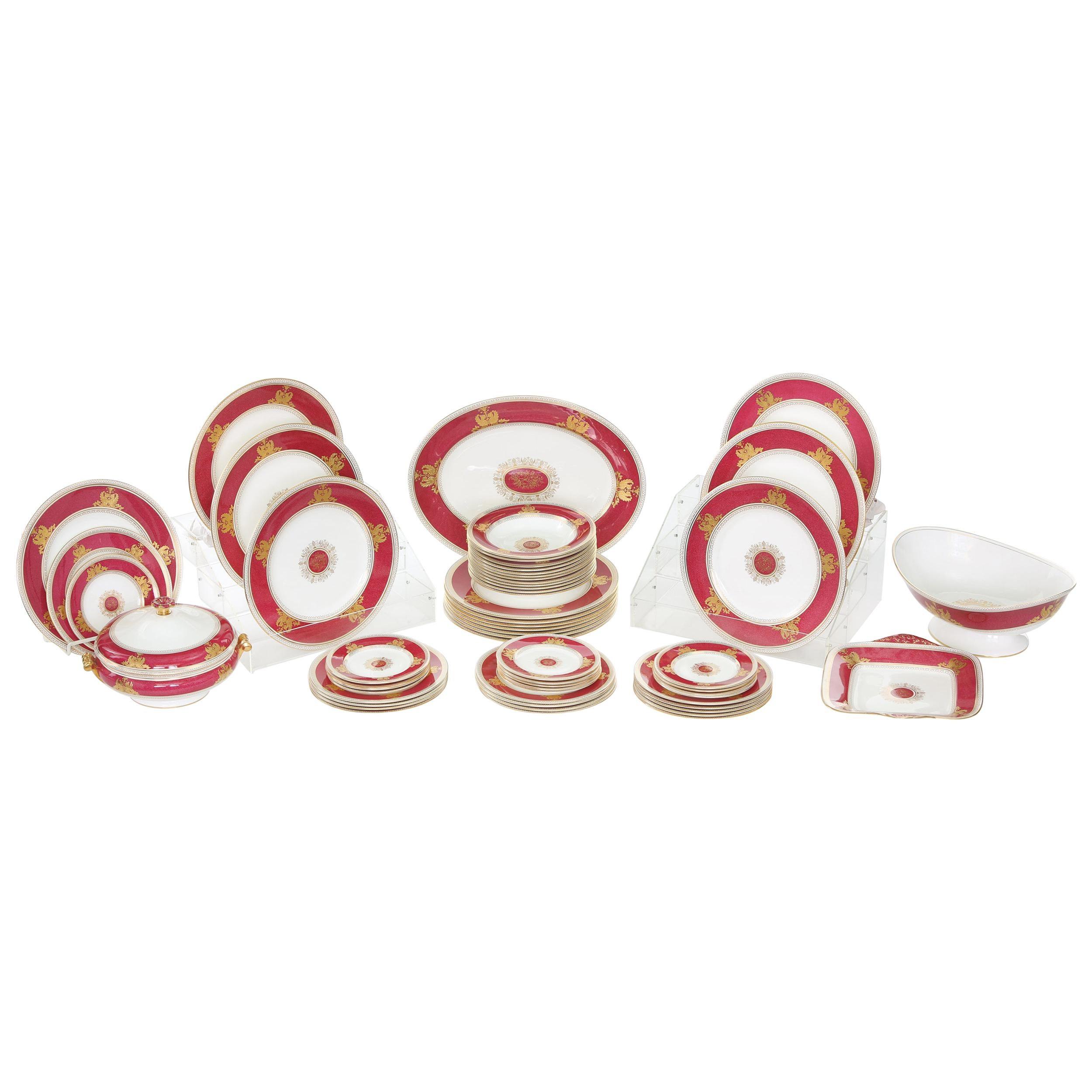 Wedgwood Porcelain Dinner Service for Twelve People