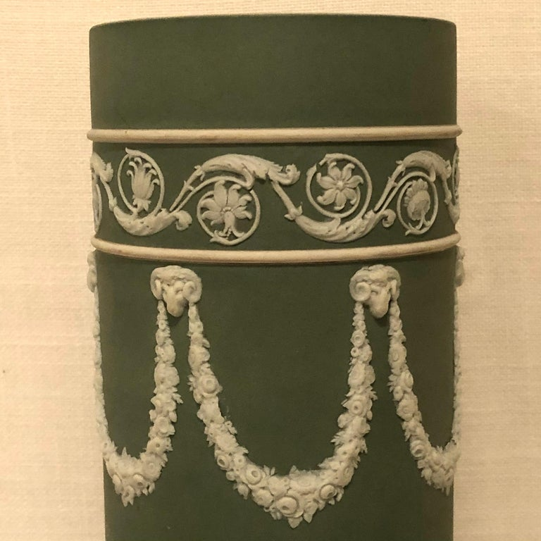 Neoclassical Revival Wedgwood Tall Green Vase Decorated with Rams Heads and Lilies of the Valley For Sale