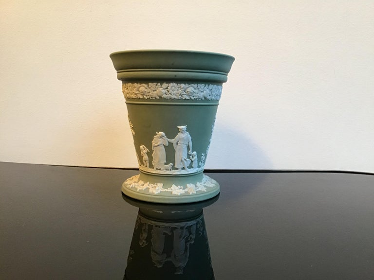 Wedgwood Vase Ceramic 1930 United Kingdom For Sale 3