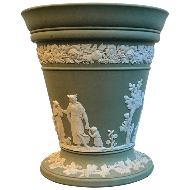 Wedgwood Vase Ceramic 1930 United Kingdom For Sale
