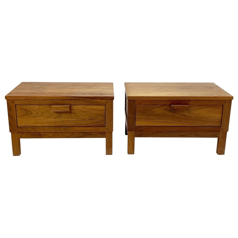 Weekend Nightstands by De La Espada For Sale