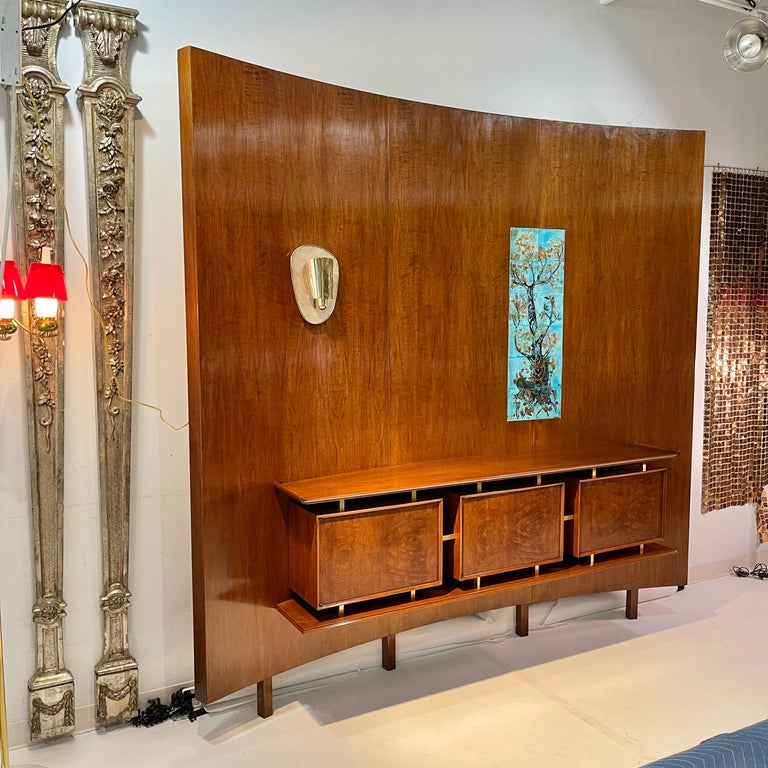 Mid-20th Century Weiss & Basser Curved Wall with Floating Sideboard For Sale