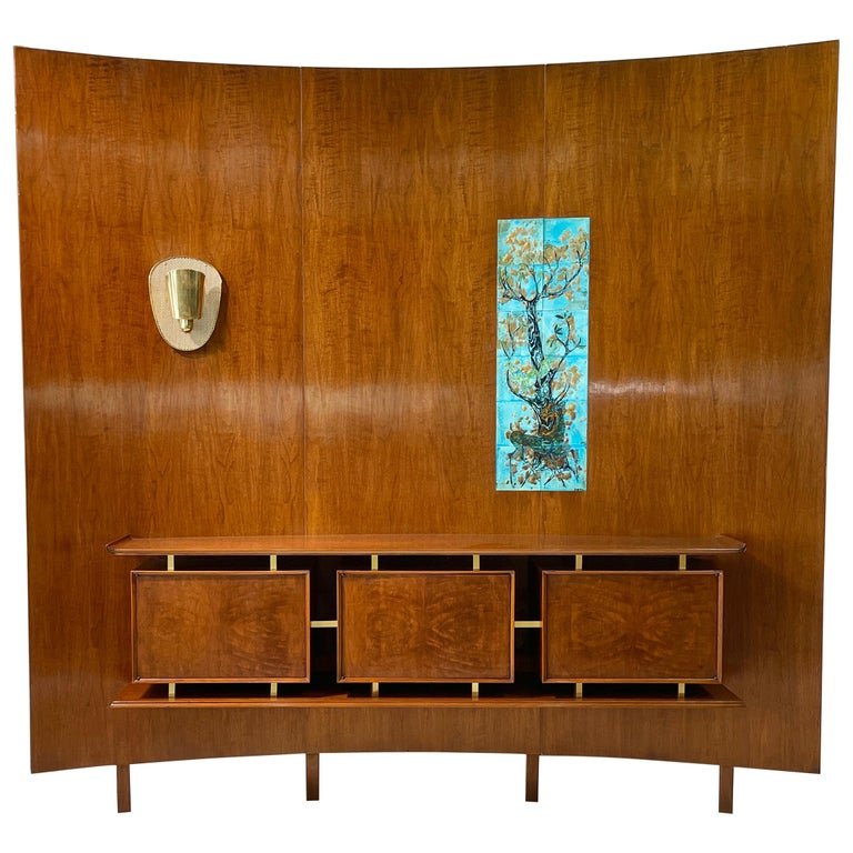 Weiss & Basser Curved Wall with Floating Sideboard For Sale