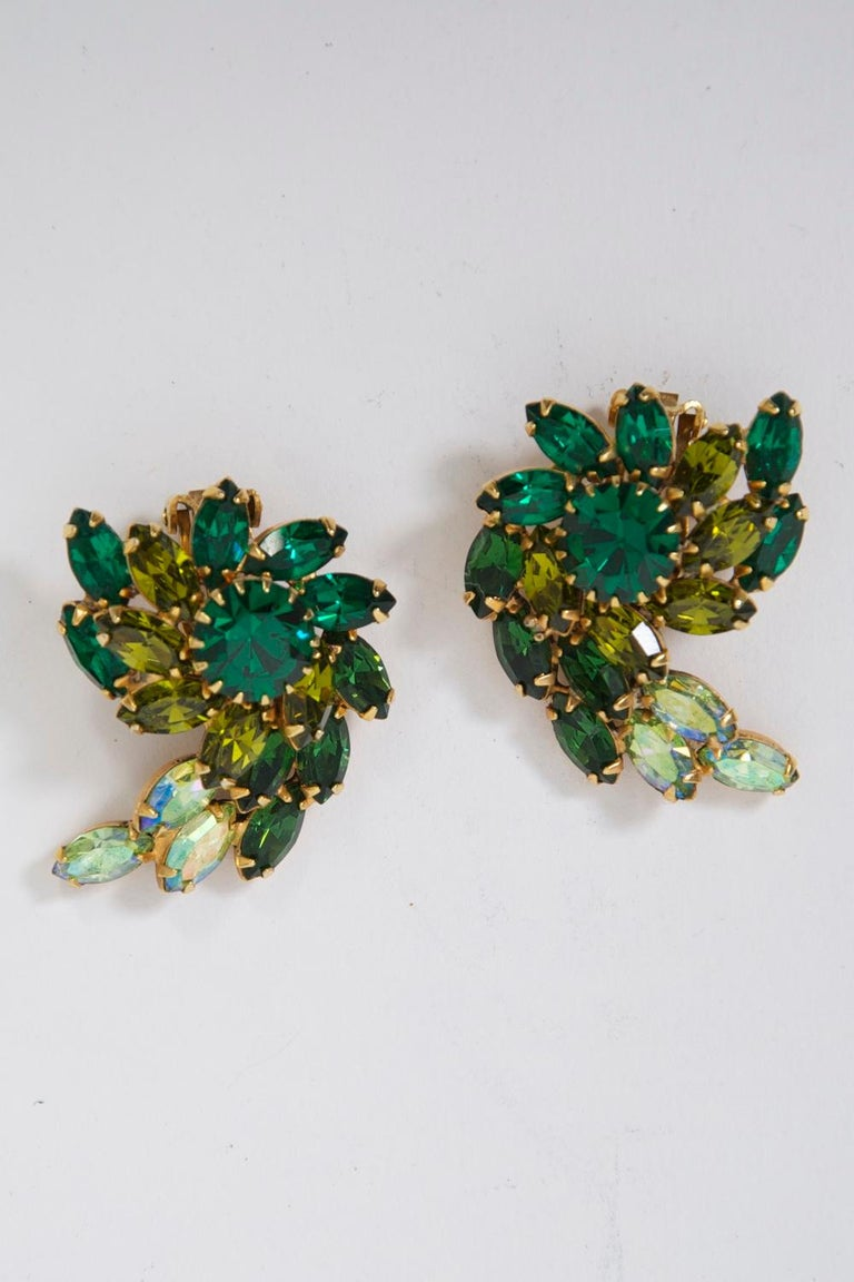 Retro Weiss Green Rhinestone Earrings For Sale