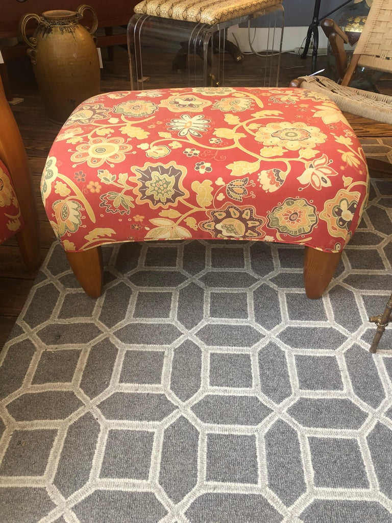 Welcoming Set of Classy Art Deco Club Chairs and Matching Ottoman For Sale 10