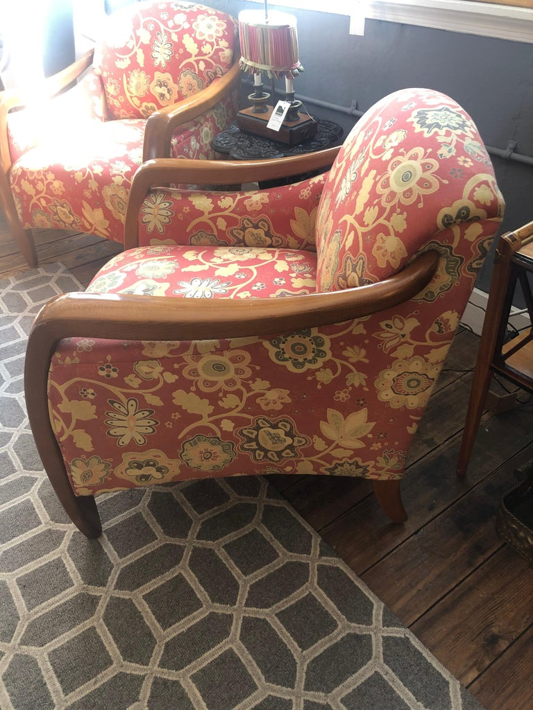 Welcoming Set of Classy Art Deco Club Chairs and Matching Ottoman For Sale 2
