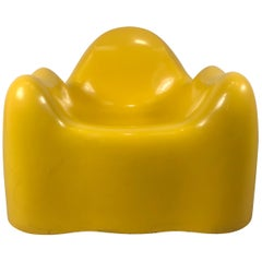 Wendell Castle Molar Chair, Yellow Gel Coat Fiberglass, 1969