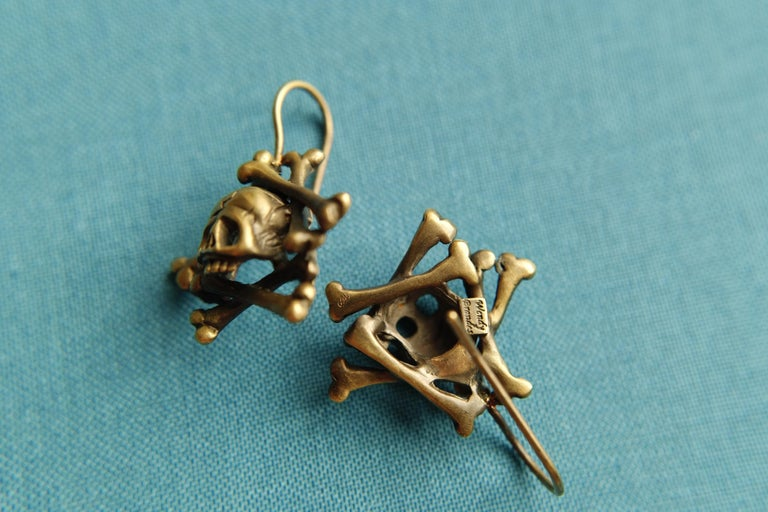 Contemporary Wendy Brandes Memento Mori Skull and Bones Solid Yellow Gold Drop Earrings For Sale