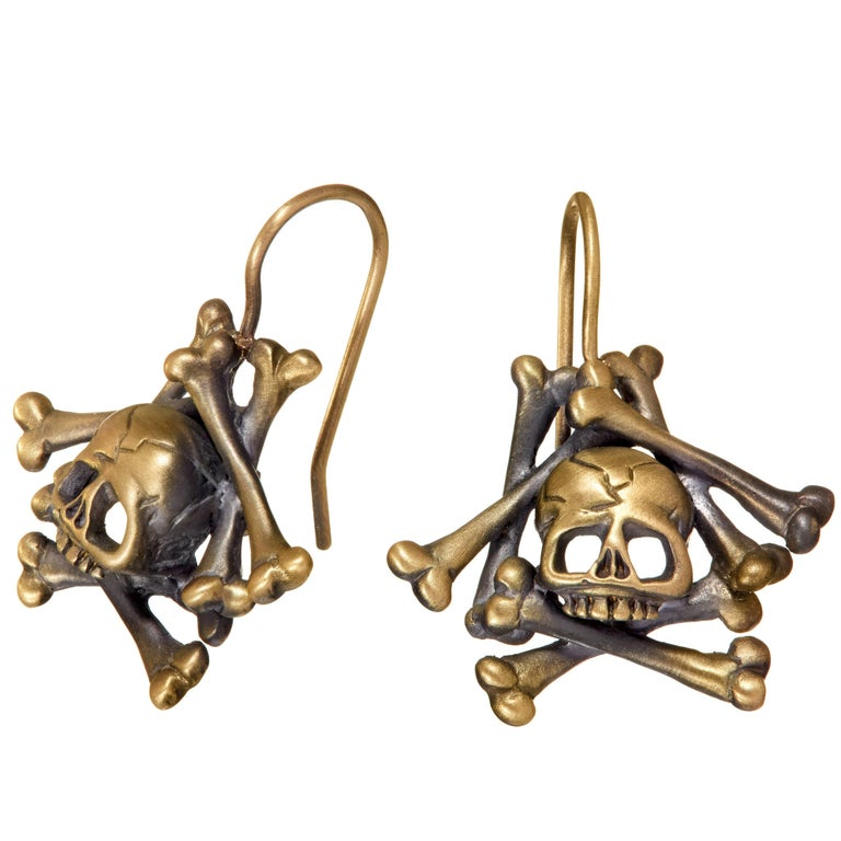 Wendy Brandes Memento Mori Skull and Bones Solid Yellow Gold Drop Earrings For Sale