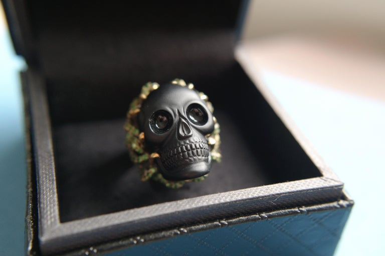 Wendy Brandes Onyx and Green Garnet Skull Ring For Sale 5