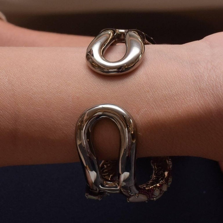 Artisan Wendy Yue 8.60 Carat Ruby and 16.05 Carat Opal Serpent 18 Karat Gold Cuff For Sale
