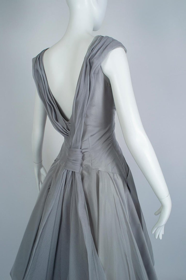 Werlé Beverly Hills Dove Gray Bib-Front Ballerina Dress - Medium, 1950s For Sale 5