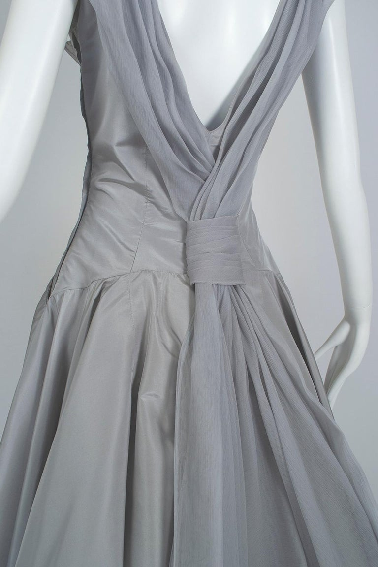 Werlé Beverly Hills Dove Gray Bib-Front Ballerina Dress - Medium, 1950s For Sale 6