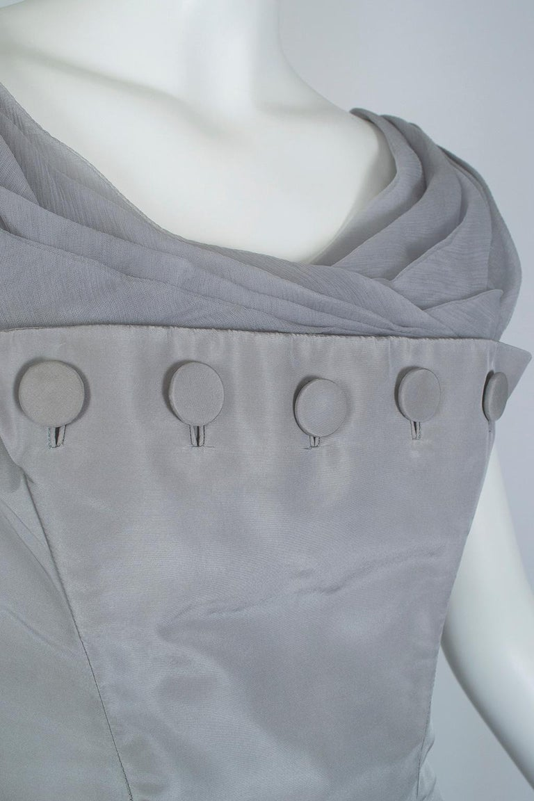 Werlé Beverly Hills Dove Gray Bib-Front Ballerina Dress - Medium, 1950s For Sale 2