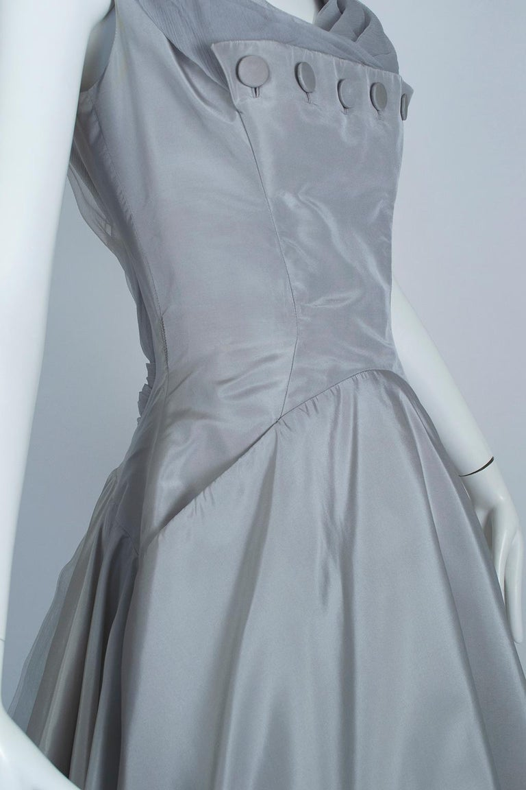 Werlé Beverly Hills Dove Gray Bib-Front Ballerina Dress - Medium, 1950s For Sale 3