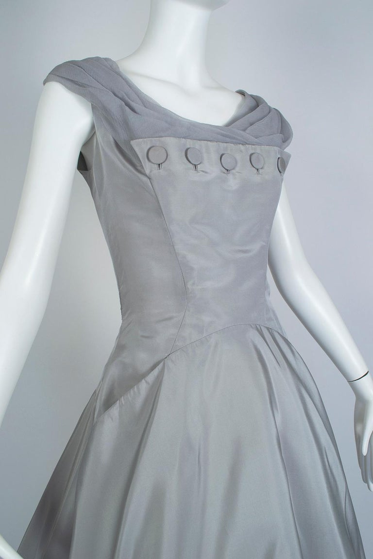 Women's Werlé Beverly Hills Dove Gray Bib-Front Ballerina Dress - Medium, 1950s For Sale