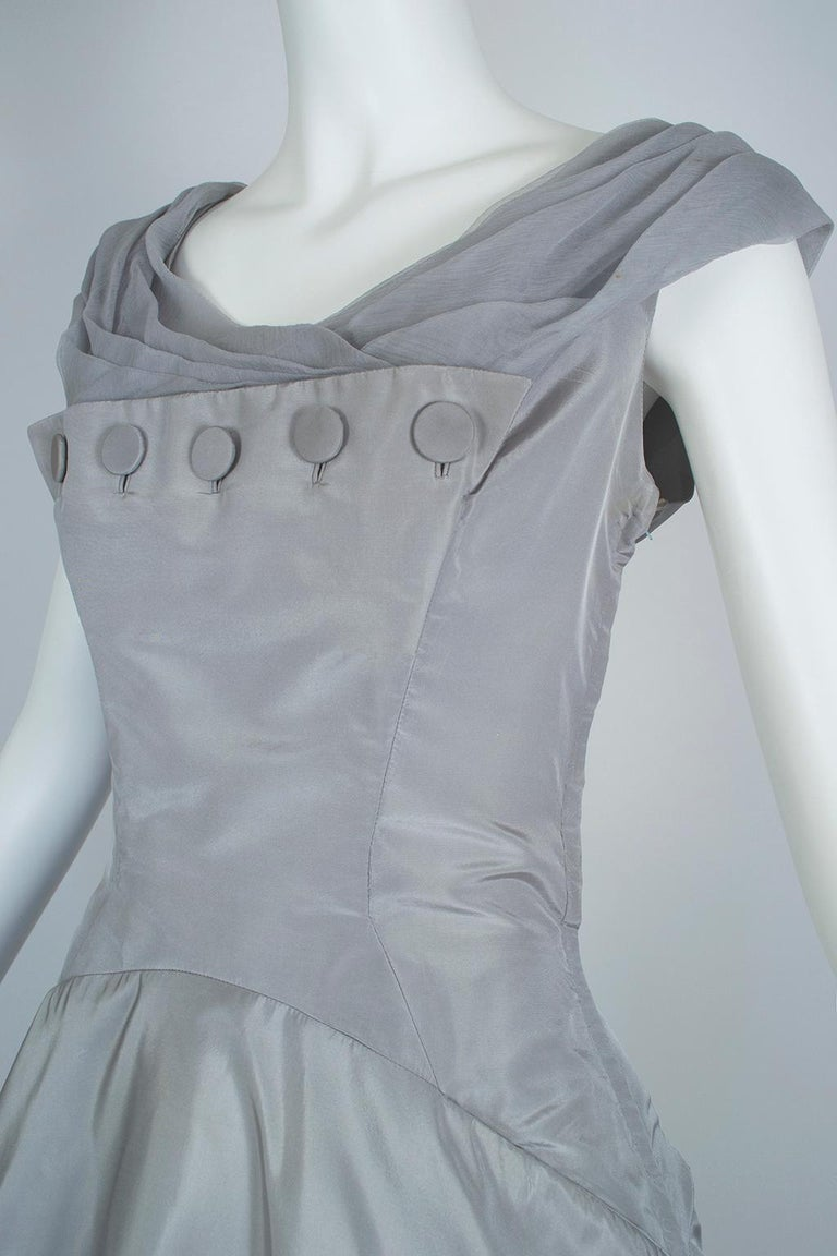 Werlé Beverly Hills Dove Gray Bib-Front Ballerina Dress - Medium, 1950s For Sale 1