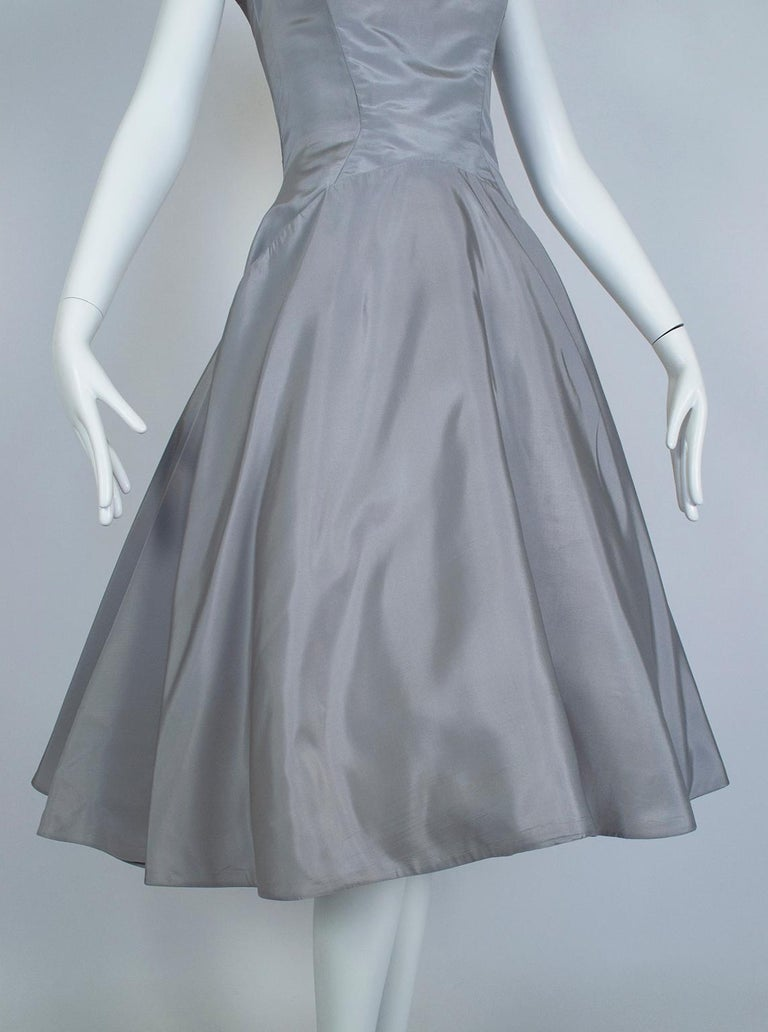Werlé Beverly Hills Dove Gray Bib-Front Ballerina Dress - Medium, 1950s For Sale 7