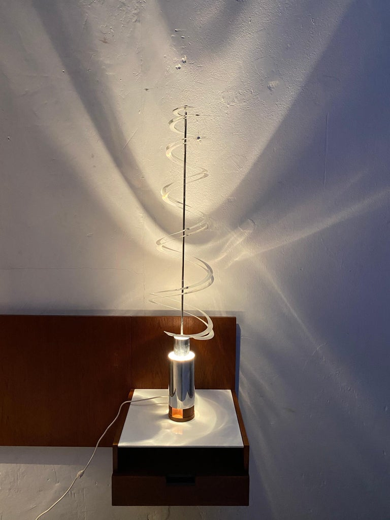 French Werner Epstein kinetic light sculpture, Exhibited Salon Des Artistes, Paris,1972 For Sale