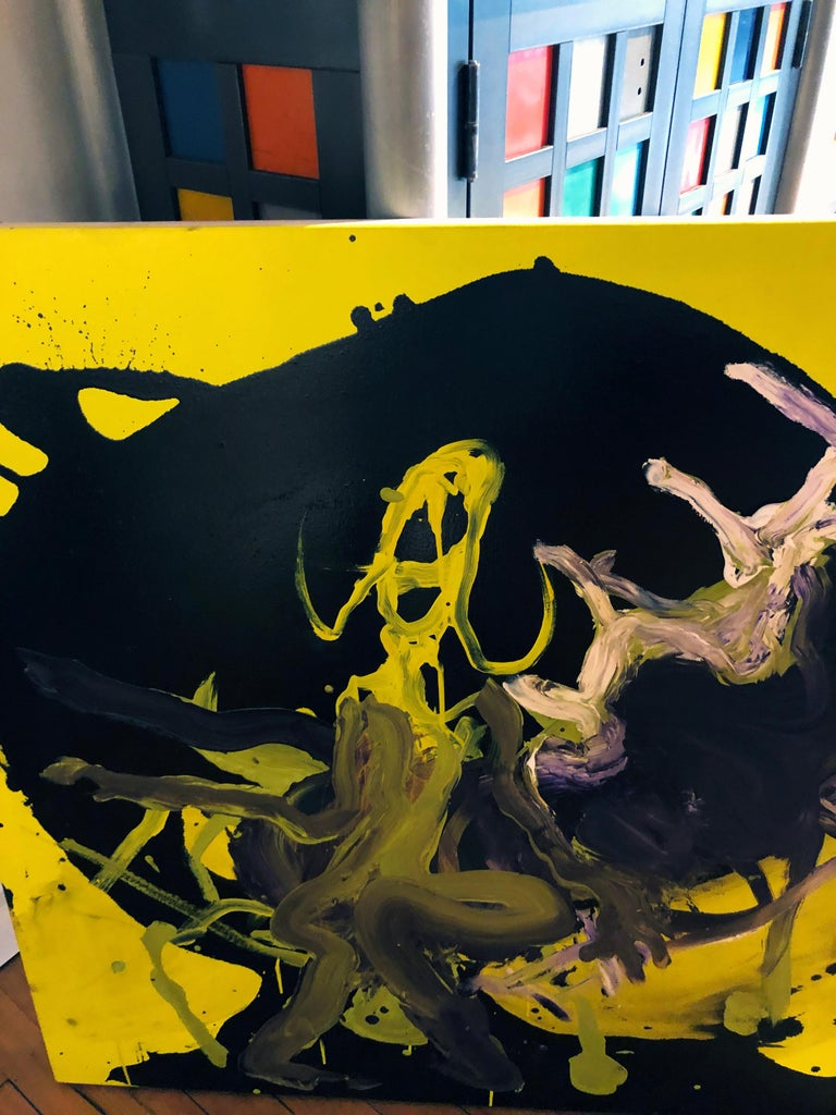 Figure - Original Abstract Oil Painting, Bright Yellow and Black with Figures For Sale 4
