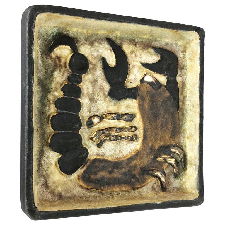 """West German Ceramic Wall Plate """"Scorpion"""" Object by Helmut Schäffenacker, 1960s For Sale"""