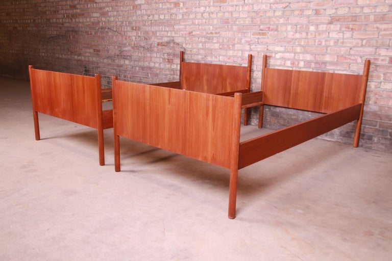 Westnofa Midcentury Scandinavian Modern Teak Twin Bed Frames, Pair In Good Condition For Sale In South Bend, IN