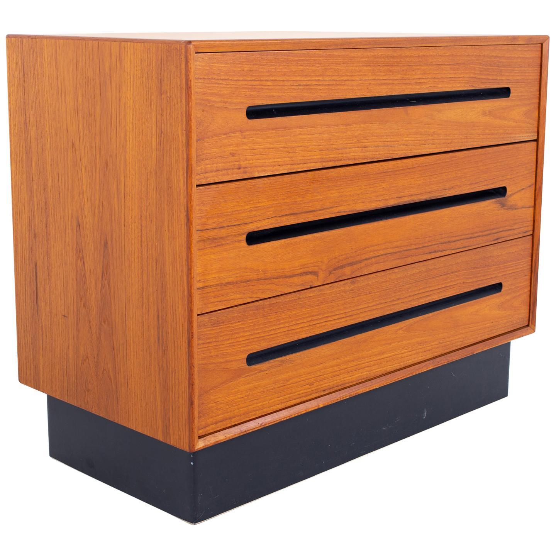Westnofa Mid Century Teak 3 Drawer Dresser Chest